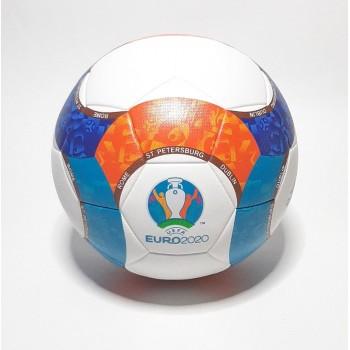 Футбольный мяч Адидас...
