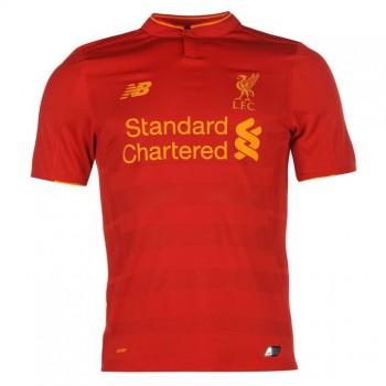 Liverpool домашняя форма...