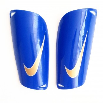 Щитки футбольные Nike Guard...